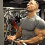 Bahu Besar Tapi Biceps Tak Besar? Baca Sini!